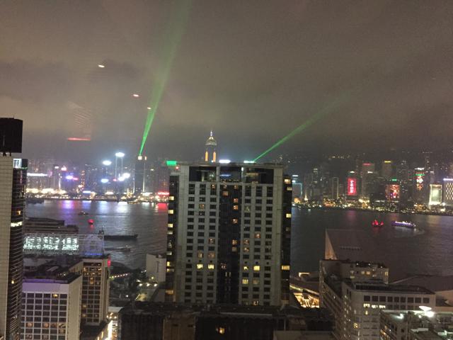香港オフ会の夕食時のレストランからの夜景