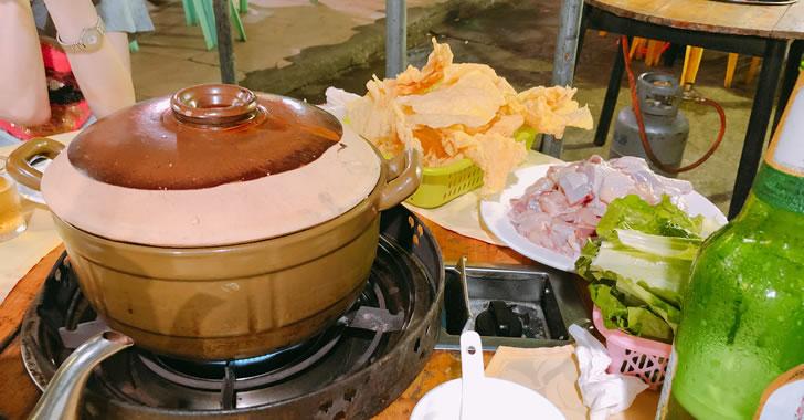 中国珠海のちょうどローカル鶏鍋屋さん