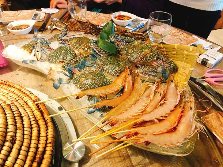 香港オフ会で堪能した海鮮蒸のワタリガニと海老