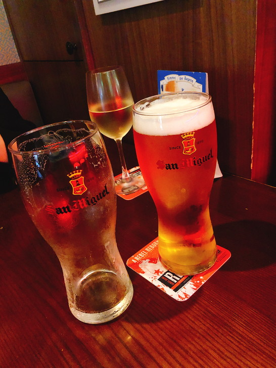香港オフ会前夜祭の前にバーで2杯(笑)